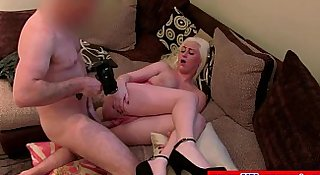 British blonde pussyfucked by her agent