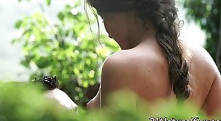 Eurobabe pussyfucked hard outdoors