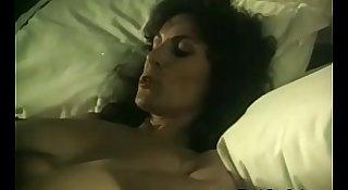 Gorgeous Big Tit Blonde Retro MILF