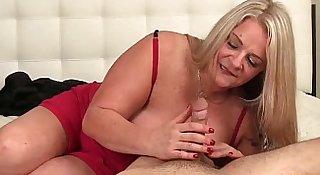 ov40-Huge-titte blonde milf handjob