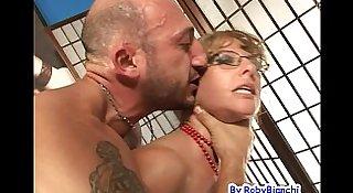 Eva Viola bellissima Milf squirta con Omar Galanti