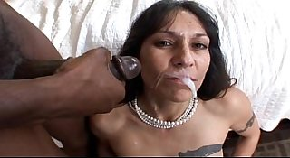 mature milf bangs black cock