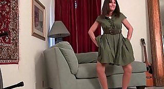 Pantyhosed milfs Lani Lee and Anna strip off and play